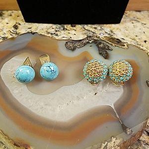 2 vintage pair blue clip on earrings GUC